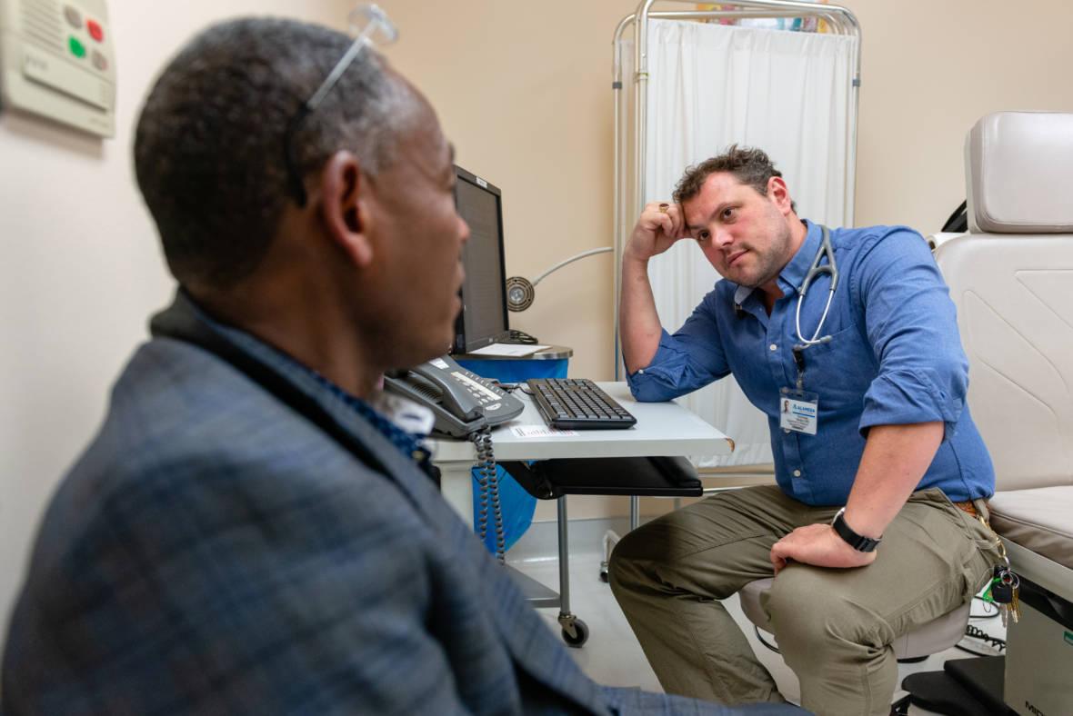 Oakland Clinic Screens Asylum-Seekers for Honesty