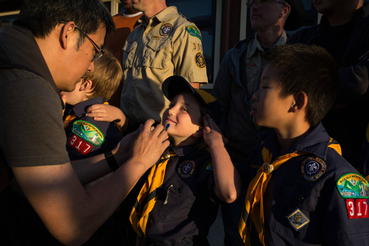 PHOTOS: First Bay Area Girls Join the Cub Scout Ranks