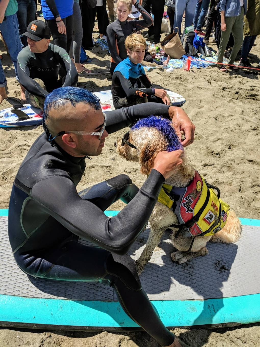Kentucky Gallahue and his surf dog Derby from San Diego were a crowd favorite with their matching blue mohawks.