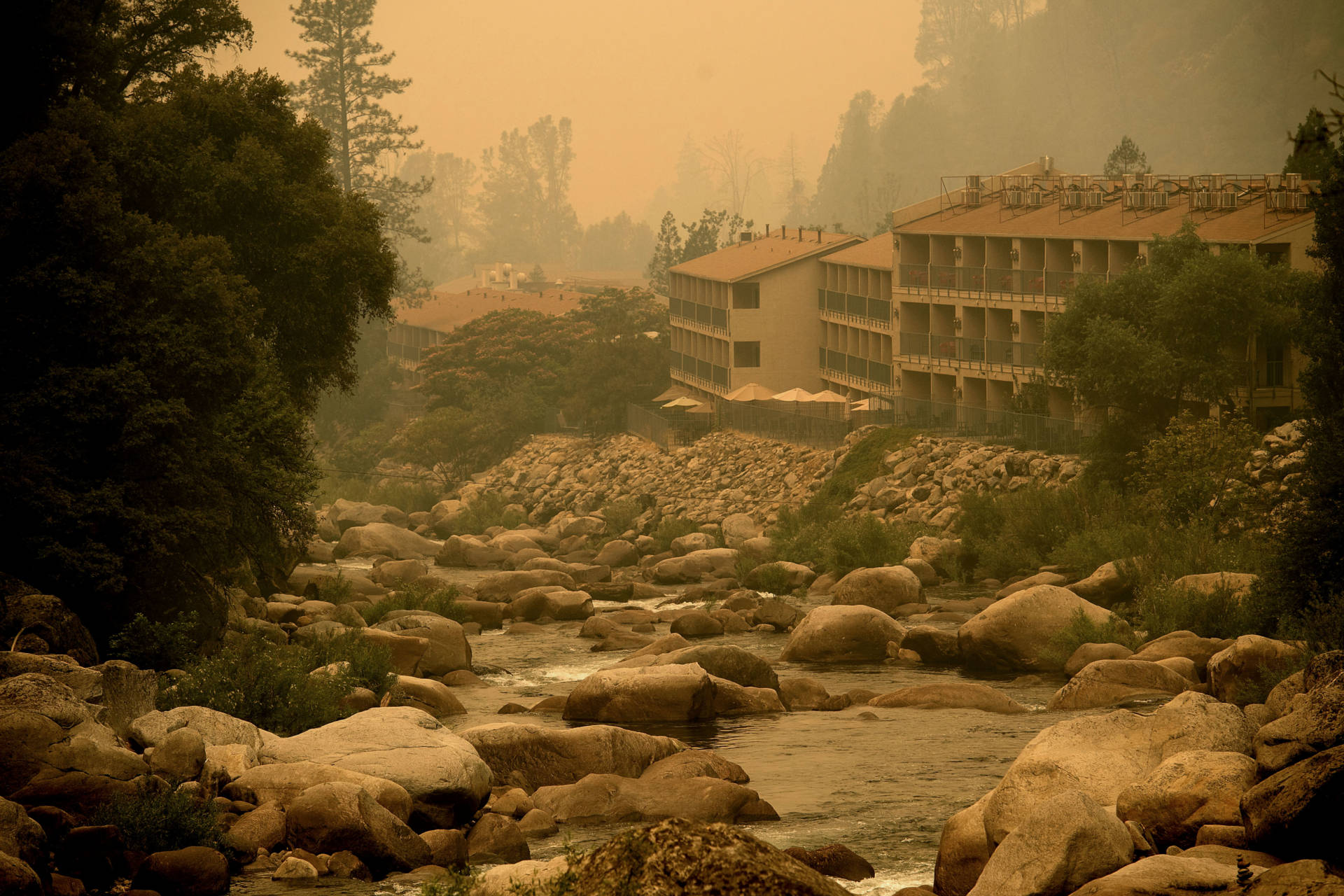 The Yosemite View Lodge in El Portal was shrouded in smoke at the end of July, during the peak of the Ferguson fire.  NOAH BERGER/AFP/Getty Images