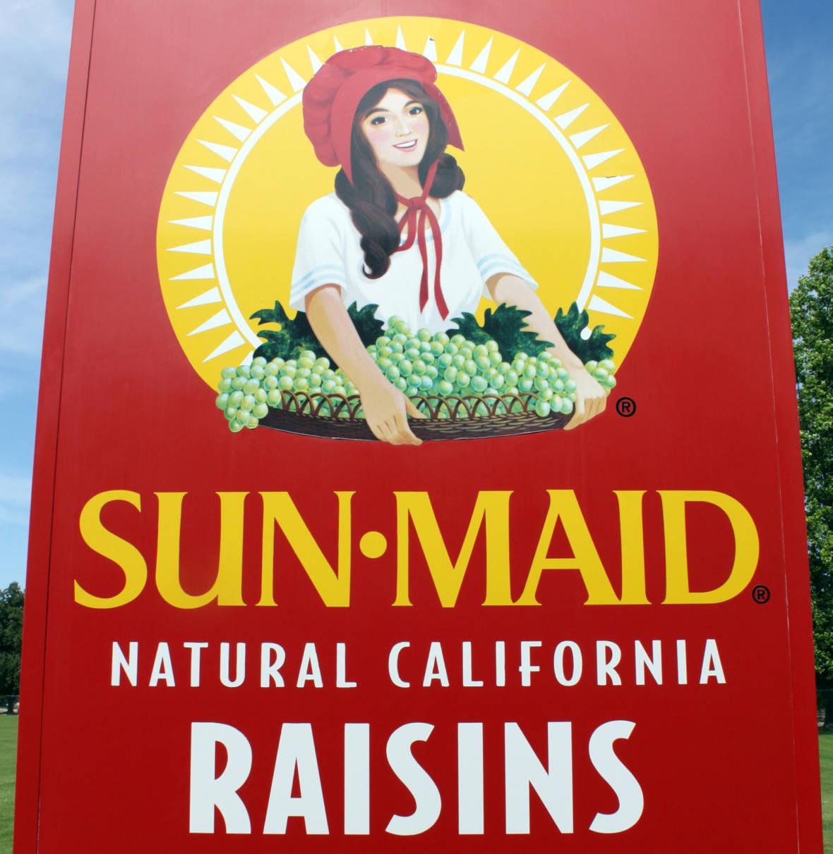 Hundreds of Workers Strike Outside Sun-Maid Raisin Factory Near Fresno