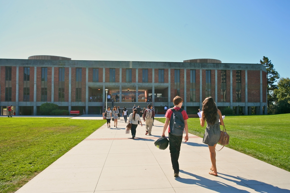 One in Four CSU Students Graduated On-Time Last Year, and That's an All-Time High