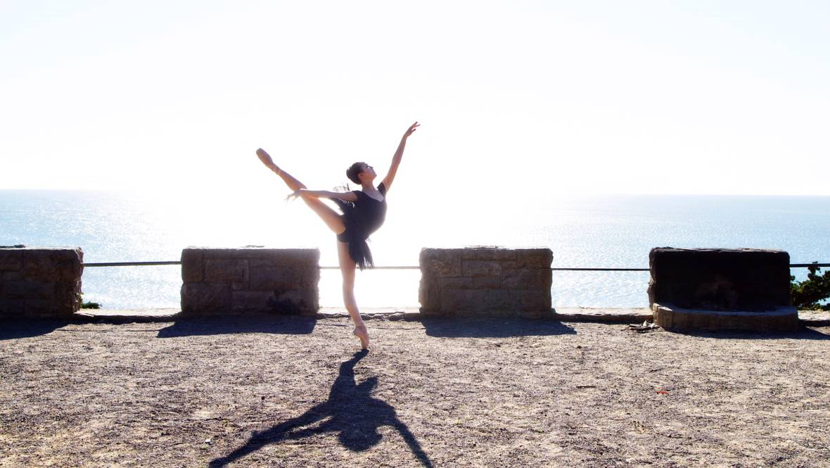 Ballet Star Moves Past Pain for a New Stage: Science