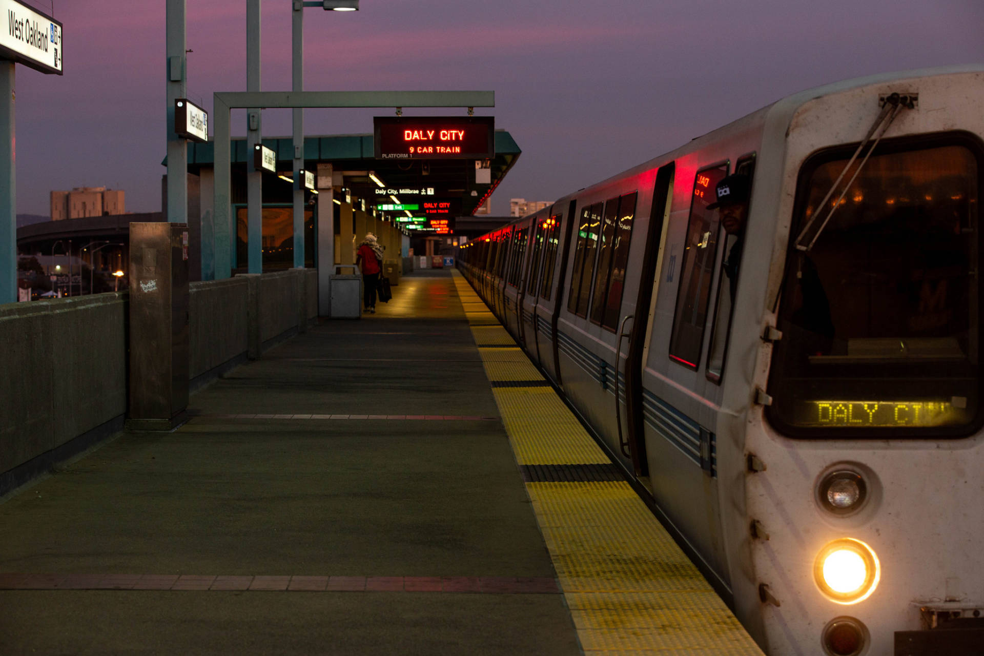 A San Francisco-bound BART train at West Oakland Station.  Dan Brekke/KQED