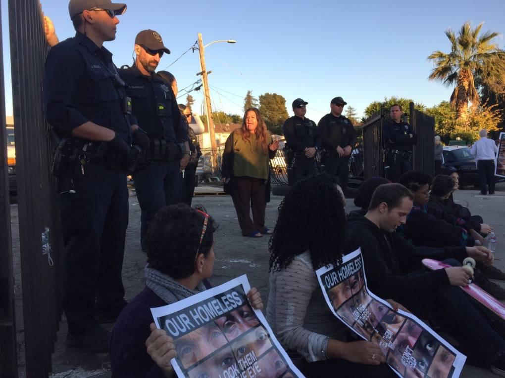 After 11th-Hour Reprieve, Crews Return and Evict Oakland Homeless Encampment