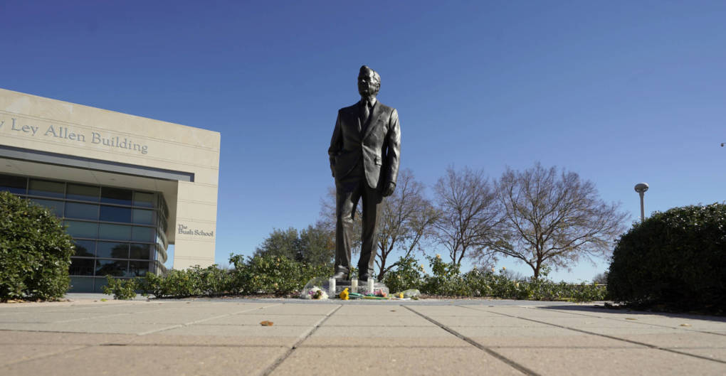 George H.W. Bush to Lie in State at U.S. Capitol and Be Buried at Texas A&M