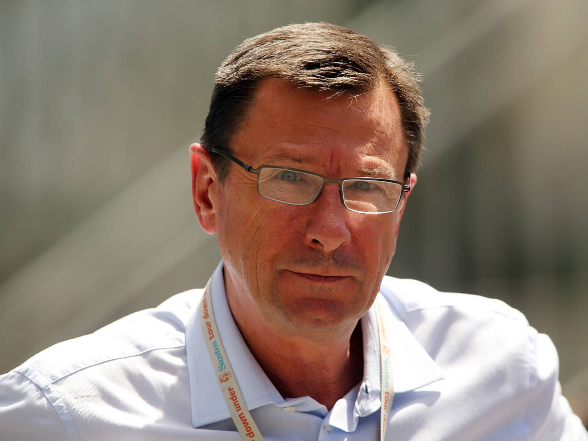 Paul Sherwen, Cycling Broadcaster and a Voice of the Tour de France, Dies at 62