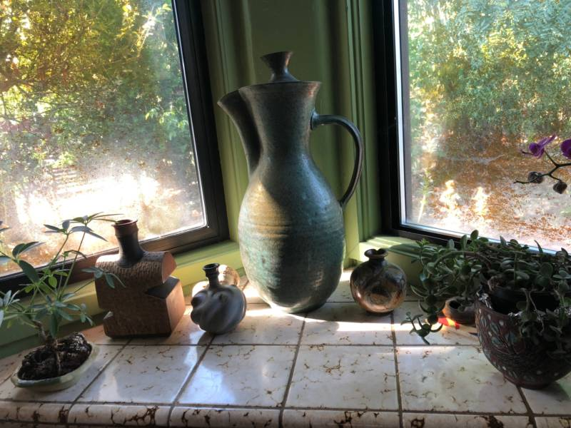 A Marguerite Wildenhain jug from the collection of Caryn Fried and Wayne Reynolds.
