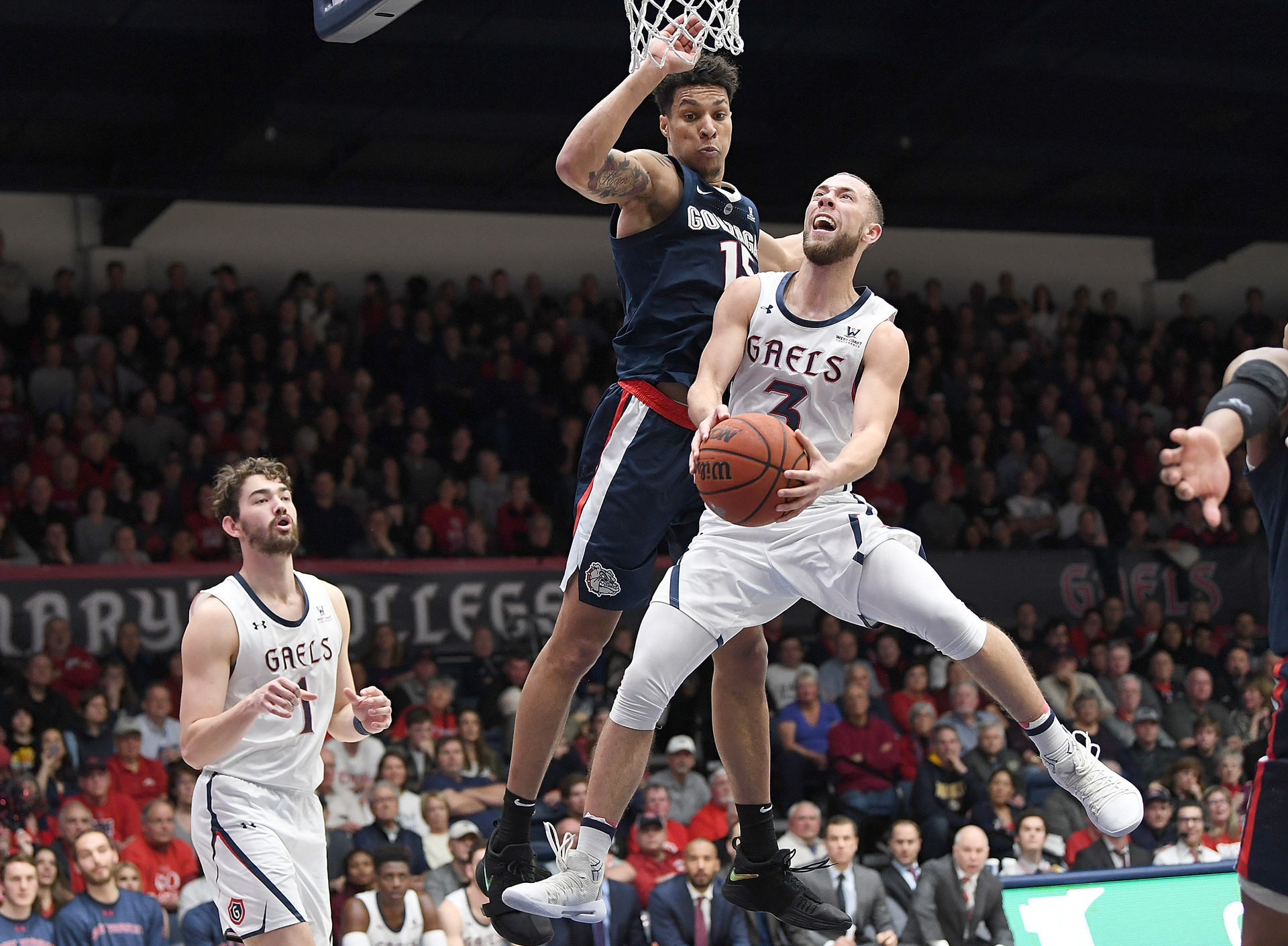 St. Mary's to Play Reigning Champs Villanova in NCAA Men's Basketball Tournament