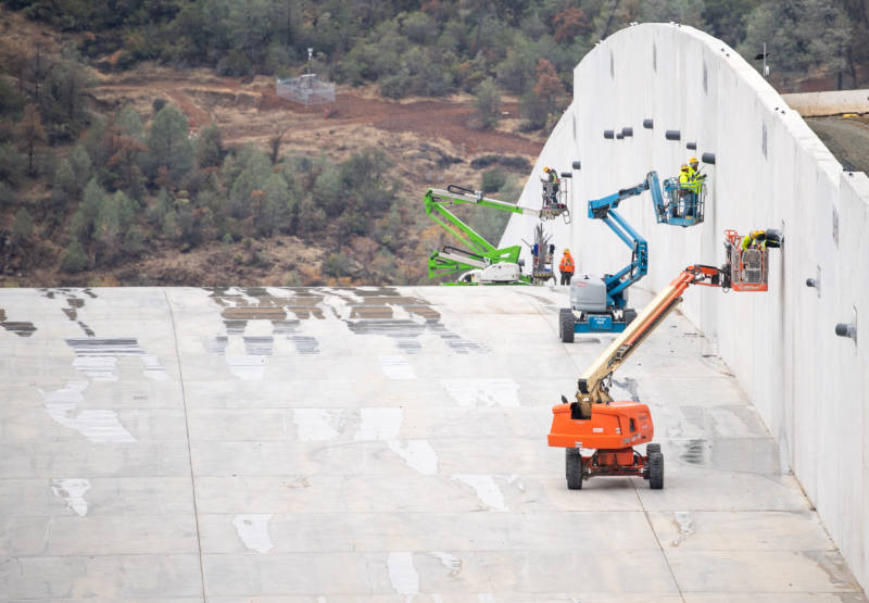 As Reservoir Rises, Rebuilt Oroville Dam Spillway to Be Used for