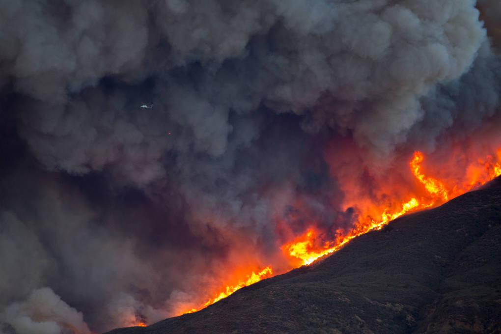 Southern California Edison's Power Lines Caused Thomas Fire, Investigators Say