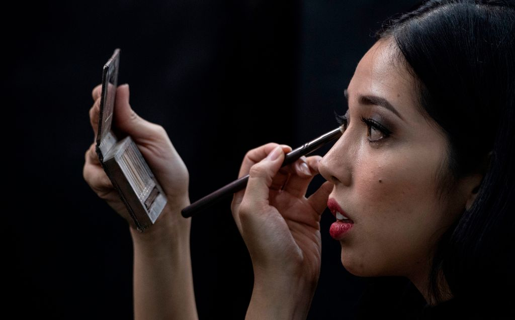 Asbestos in Your Makeup? Legislature Rejects Proposal to Ban Toxics From Cosmetics