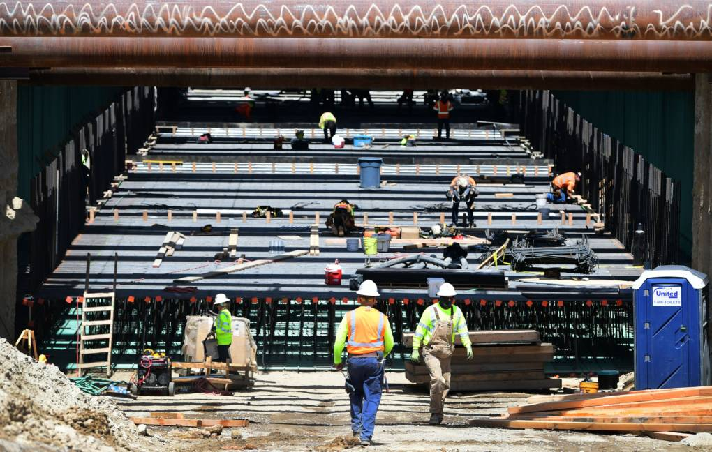 California Sues Over $929 Million in Canceled High-Speed Rail Money