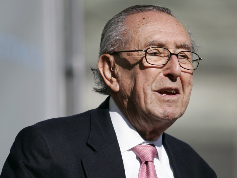 César Pelli, Acclaimed Architect of Salesforce Tower, Dies at 92