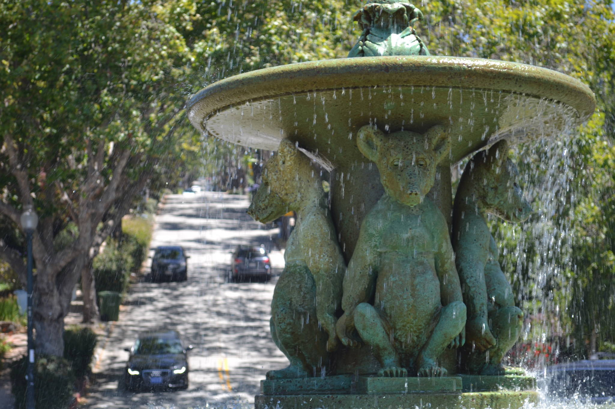 The State Capitol Almost Moved to Berkeley and All It Got Was This Sweet Bear Fountain