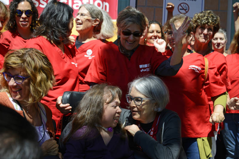 Bay Area Medical Community Protests Possible Deportation of Patient Receiving Lifesaving Treatment
