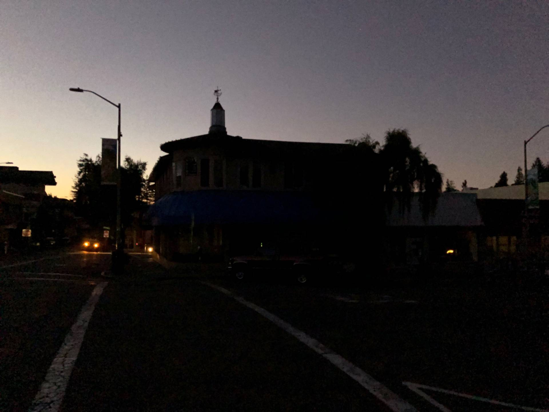 The Montclair neighborhood of Oakland at dawn Thursday morning. The area was among those that had their power cut in the second phase of shutoffs late Wednesday night.