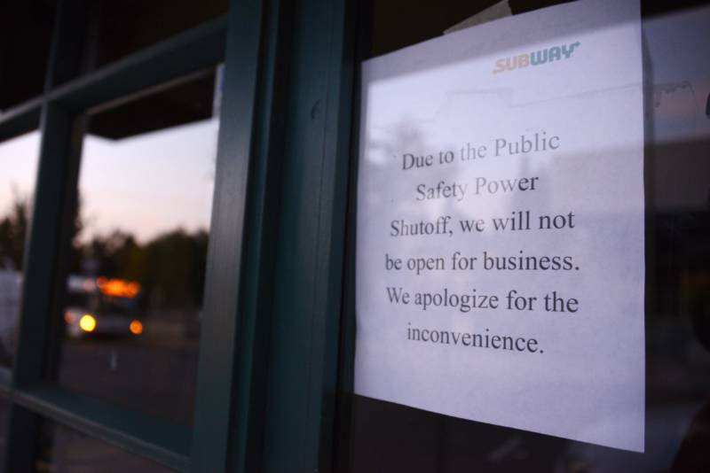 The widespread power shutoffs led to business closures across Northern California.