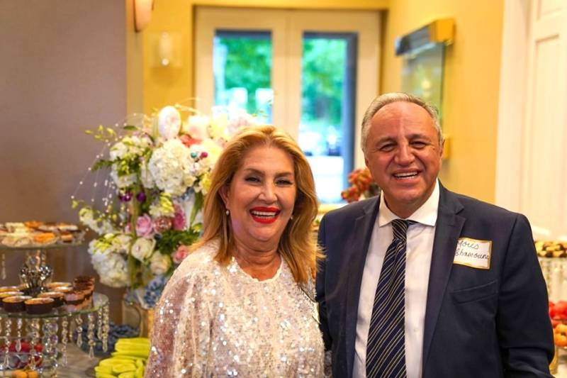 Mandana Vassigh and Morris Shamouni were the main organizers of the Ettefagh School class of '77 reunion, held in Los Angeles on Sept. 1, 2019.
