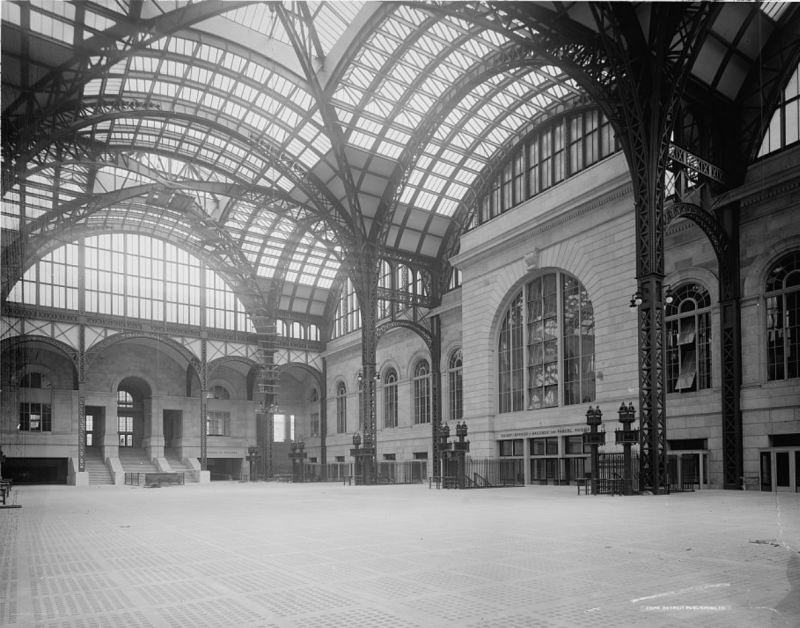 The passenger concourse at the original Pennsylvania Station in New York City, built in 1910. The floor is covered in vault lighting.