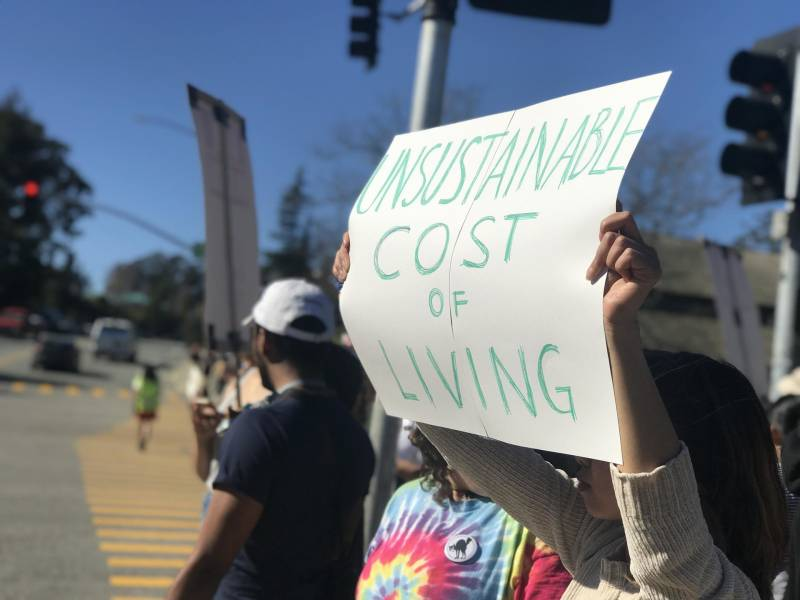 Striking UC Santa Cruz Graduate Students Hold Picket Lines After Police Arrest 17