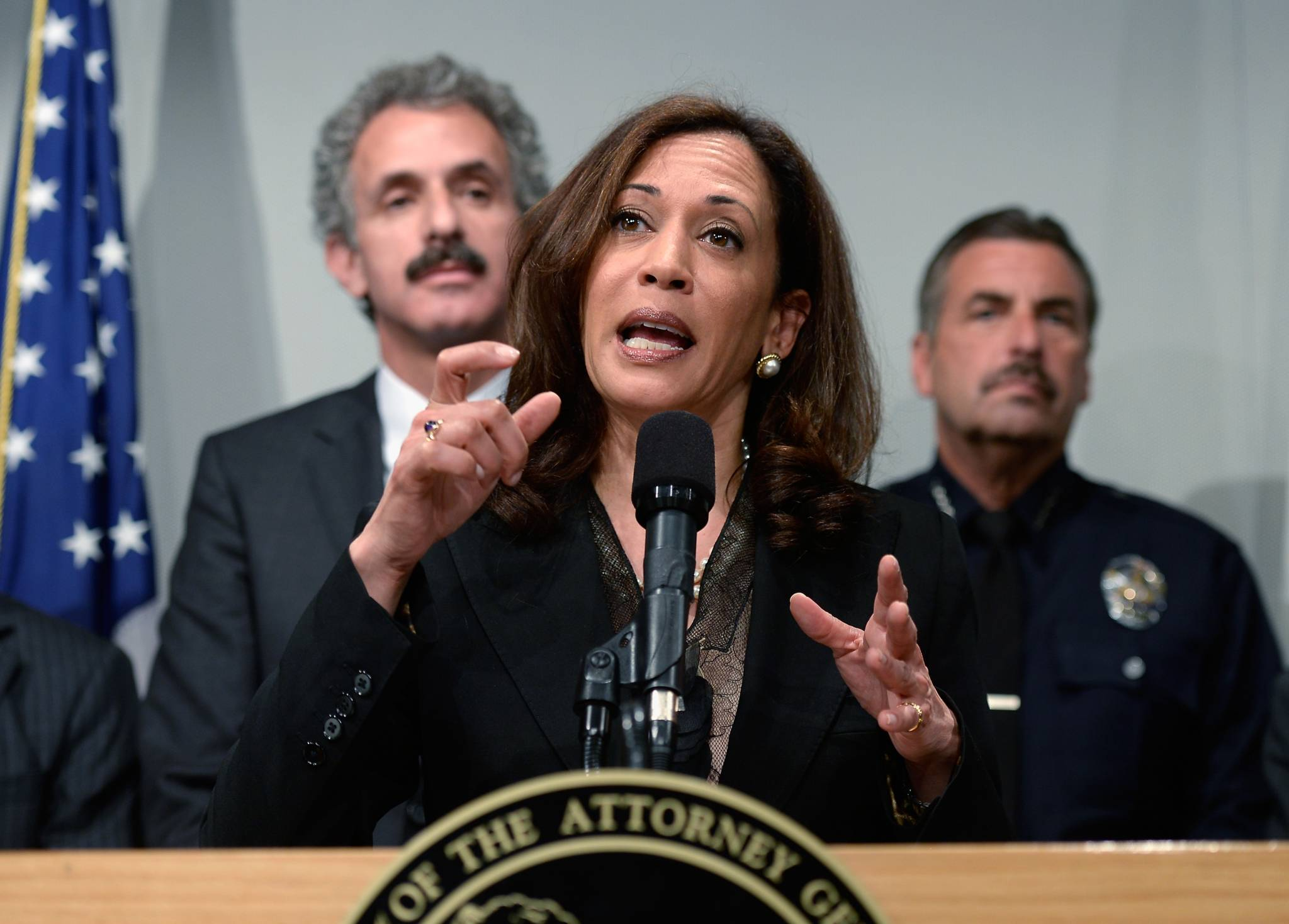 Kamala Harris Tricky Balancing Act Between Top Cop And Criminal Justice Reformer Kqed