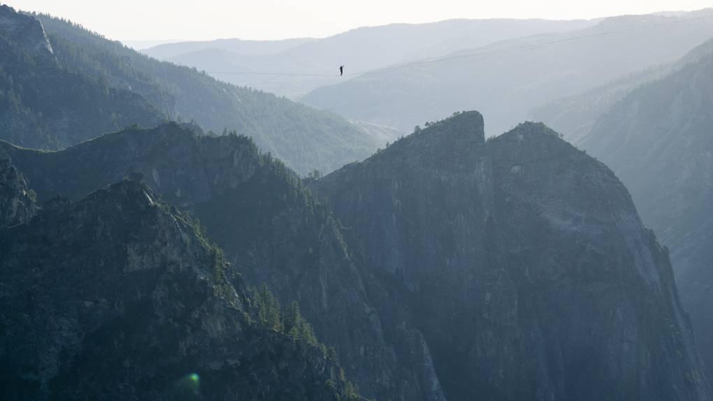 Stunning Photos Capture 2 Brothers' Walk 1,600 Feet Above Yosemite