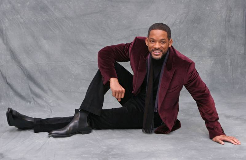 Look, Will Smith understands understated.  He's the boy, we just want him to look 'money', not wear $$money$$.