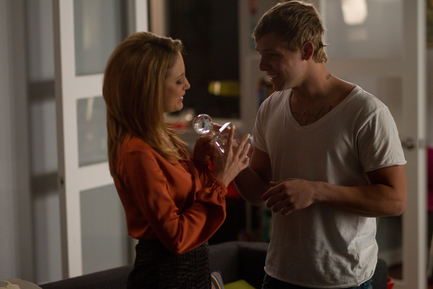 Andrea Riseborough and Max Thieriot in Henry-Alex Rubin´s DISCONNECT (courtesy of LD entertainment)