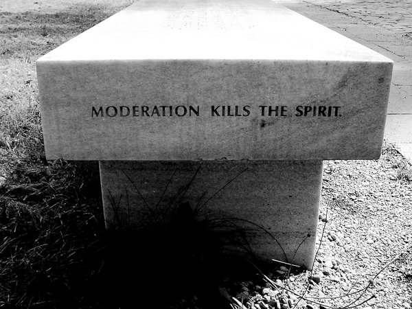 moderation_kills_the_spirit_by_Kuna_Aayla_Secura