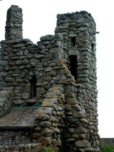 Hawk Tower, Tor House, Carmel, CA. Photo: Wiki Commons