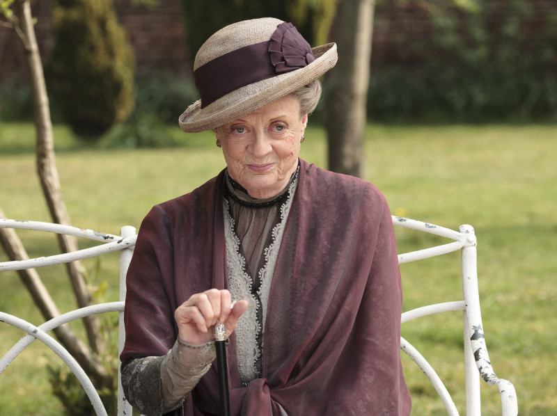 Dame-Maggie-Smith-as-The-Dowager-Countess-in-Downton-Abbey