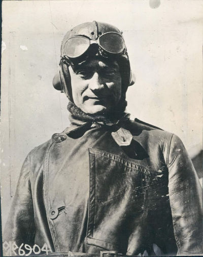 Major Mitchel in his pilot gear around 1918. Photo: Wiki Commons