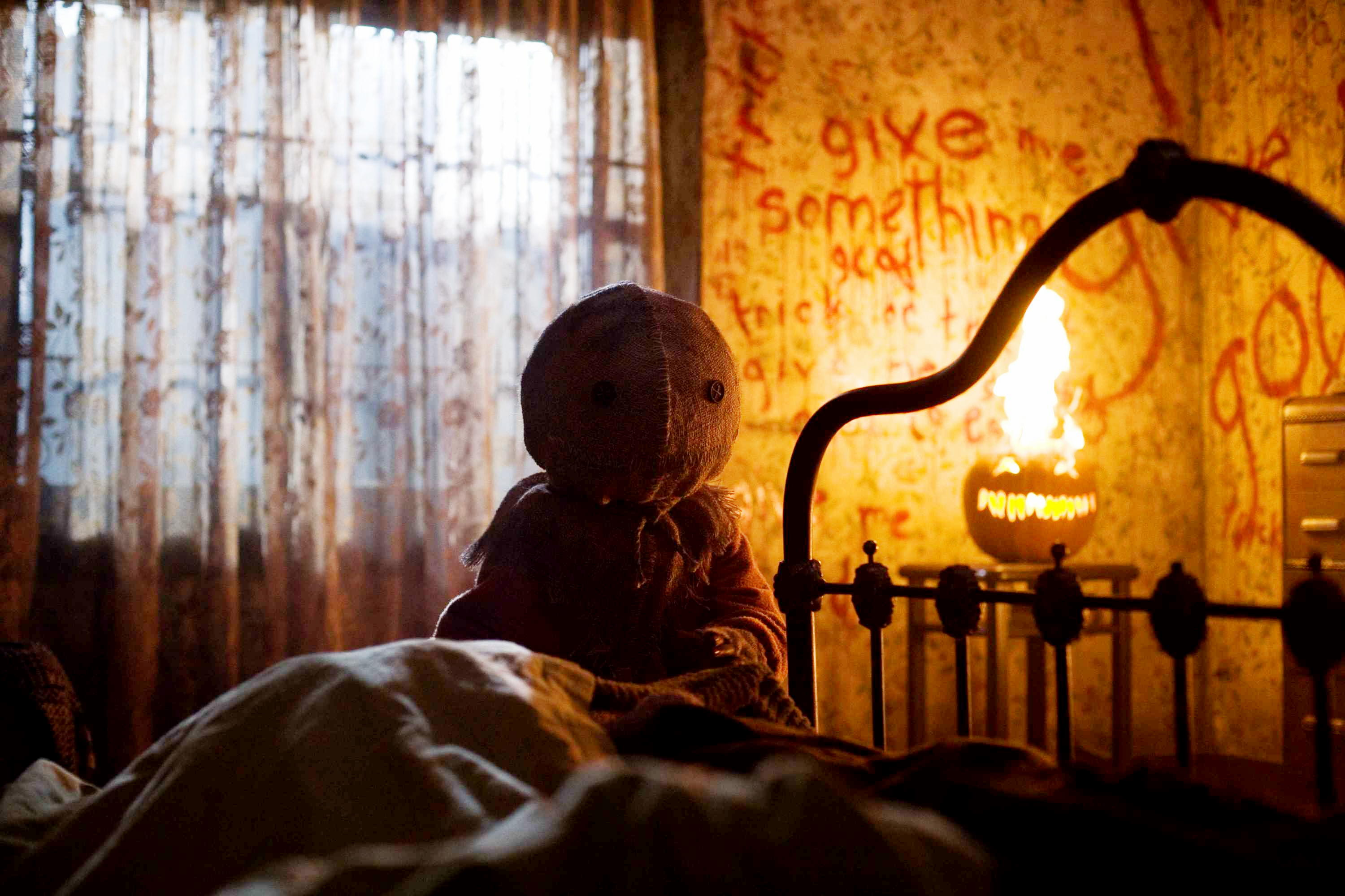 6 perfect comedy horror movies to watch this halloween kqed pop kqed arts - G Halloween Movies