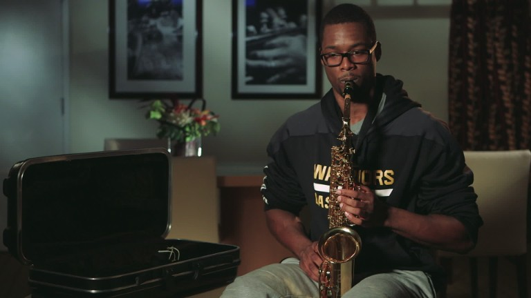 Here's the Golden State Warriors' Harrison Barnes Playing 6th Grade-Level Saxophone