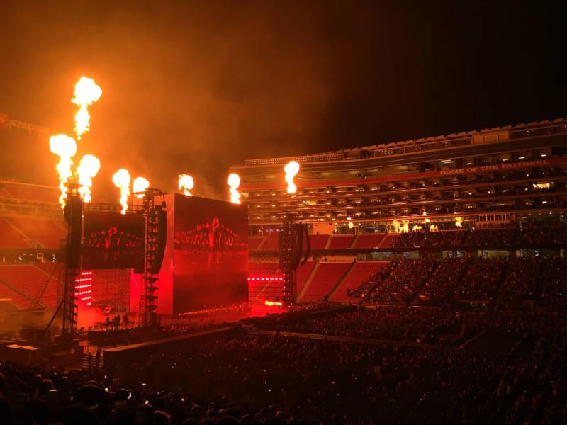 Beyonce.Flames