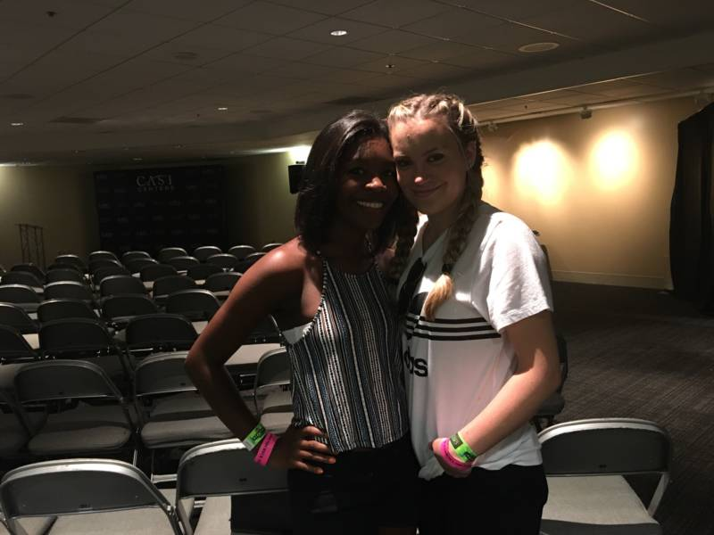 Attendees (and Demi Lovato fans) Tori Tatum and Kylie Prentice.