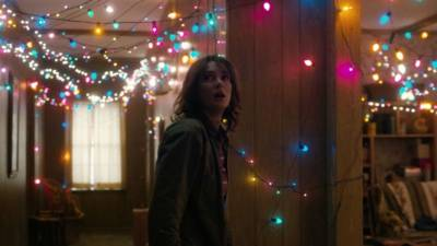 Winona Ryder as Joyce Byers in Stranger Things (Photo: Netflix)