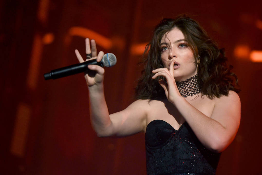 Why We Should Stop Making Fun of Lorde's Dance Moves