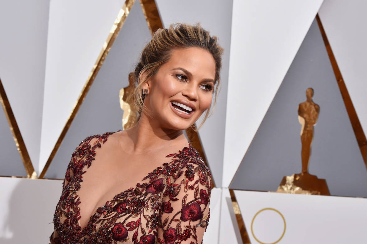 Chrissy Teigen Should Have a Reality Show Just About Tweeting