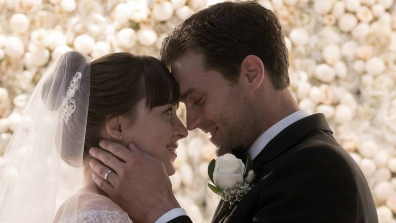 On the Sheer, Hilarious Awfulness of the 'Fifty Shades' Trilogy