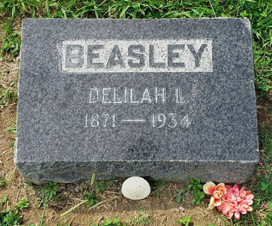 Delilah Leontium Beasley's simple headstone at St. Mary's Cemetery, Oakland. (Section Y, Plot 15, 52.)