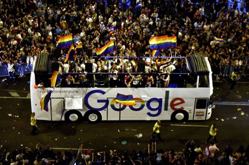 100 Google Employees Just Asked That Their Company Be Excluded From SF Pride