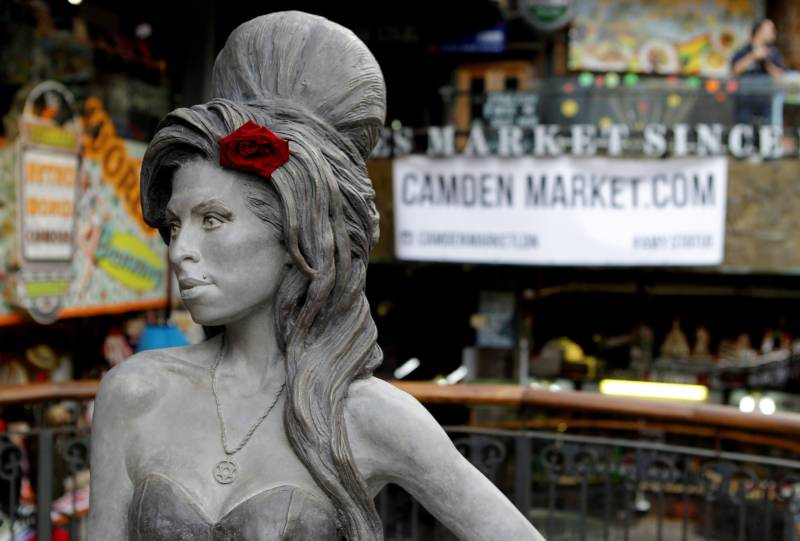 Camden's Amy Winehouse statue.