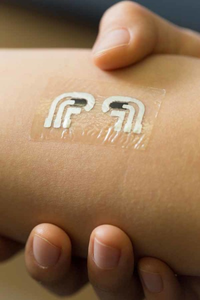 The renewable glucose sensor that looks like a temporary tattoo, and is just as easy to apply and remove