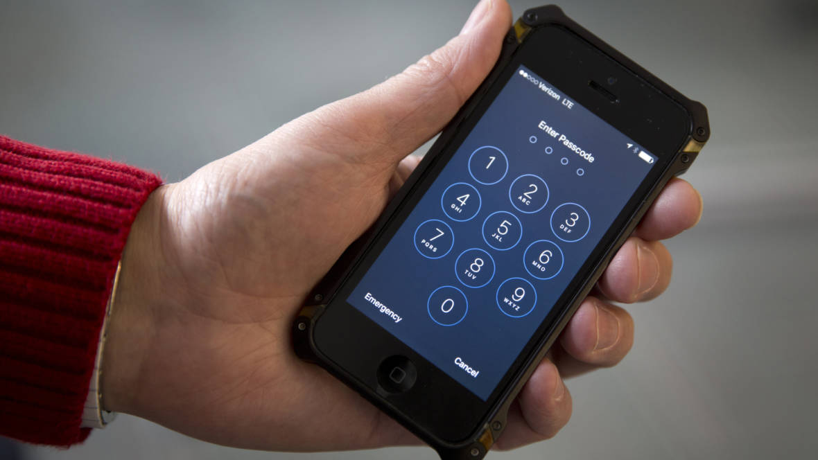 In Major Privacy Win, Supreme Court Says Police Need Warrant To Track Your Cellphone