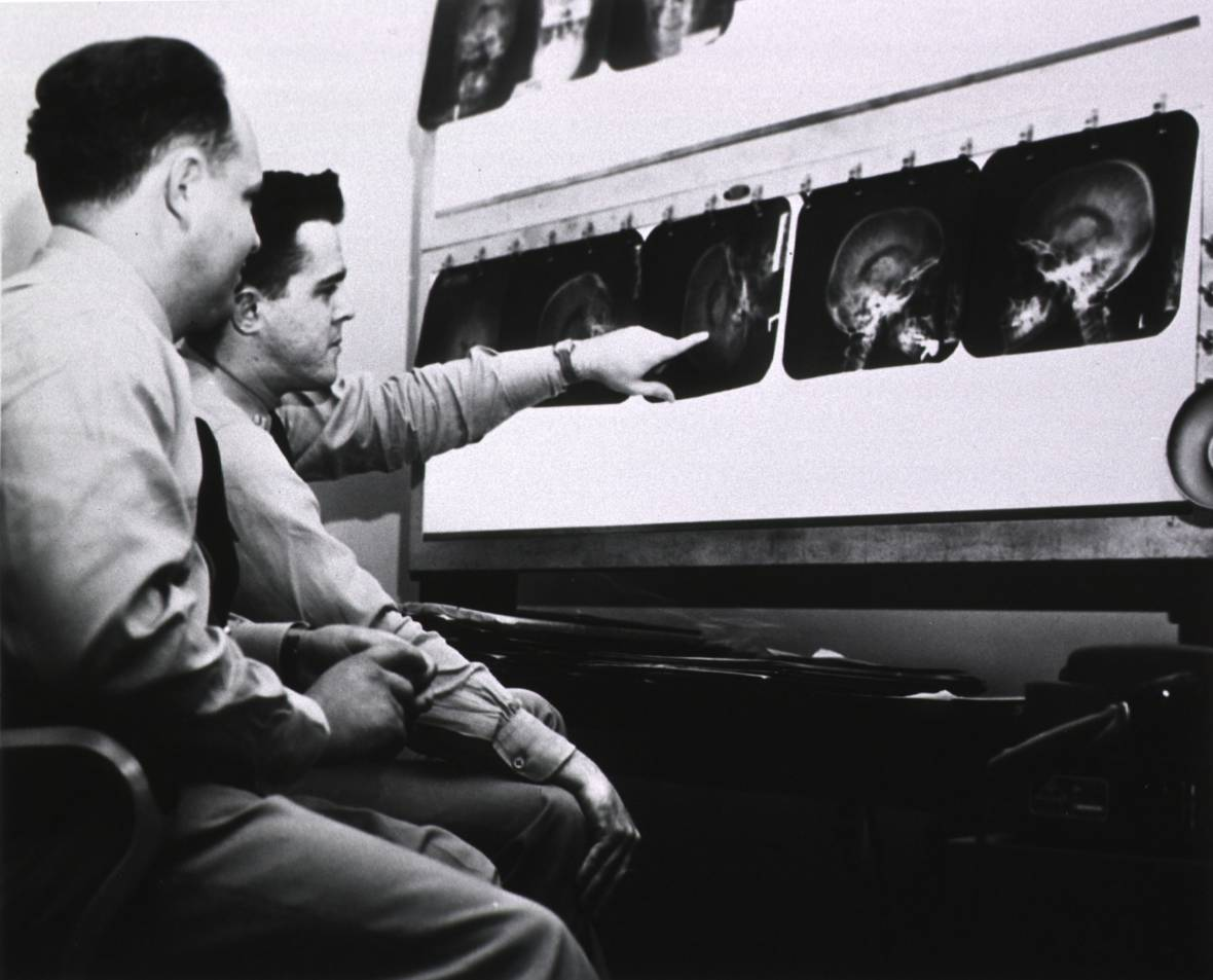 1950s-era radiology at the U.S. Naval Hospital, Charleston, South Carolina.