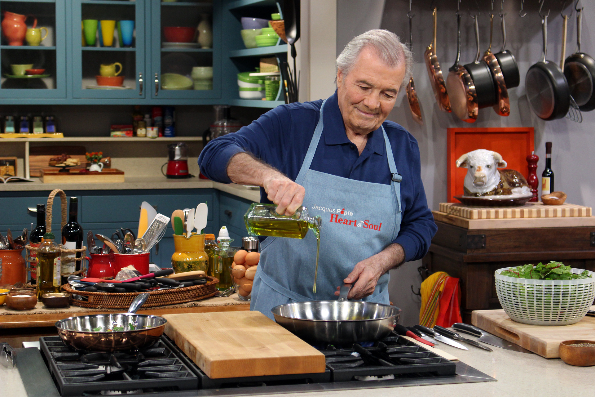 Jacques Pépin cooking on the set of Heart & Soul.