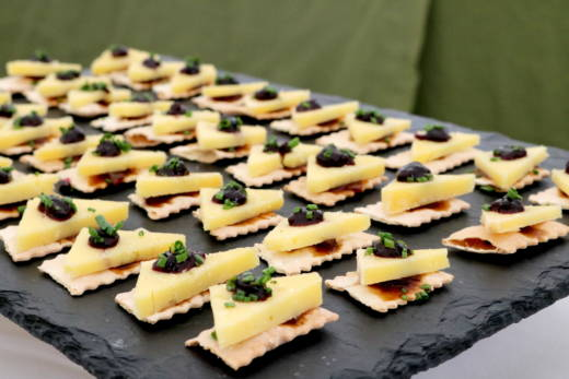 Cheese and cracker bites at the Artisan Cheese Festival