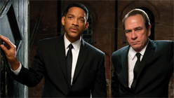'Men In Black 3': A Cartoonish Blast To The Past-